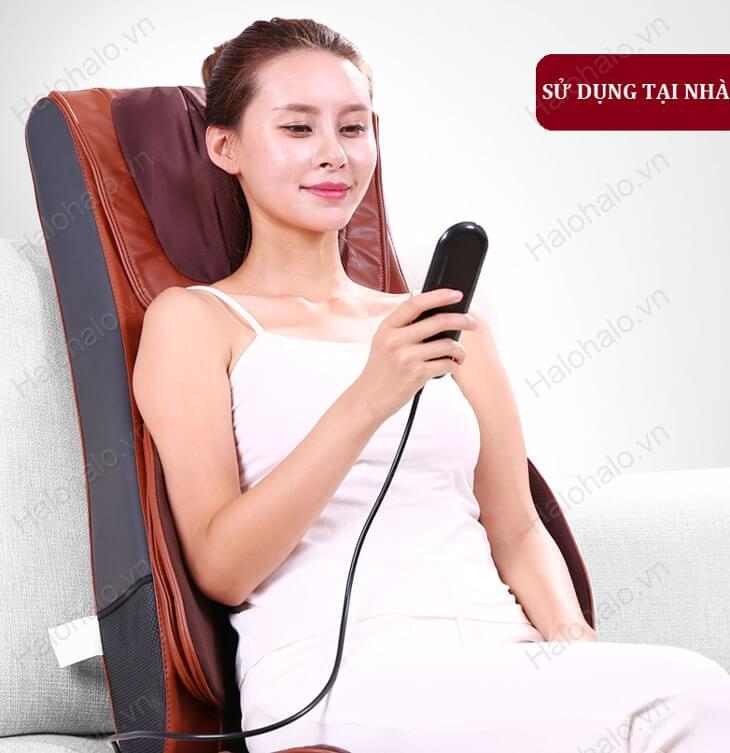 Bảng điều khiển dễ sử dụng của đệm massage