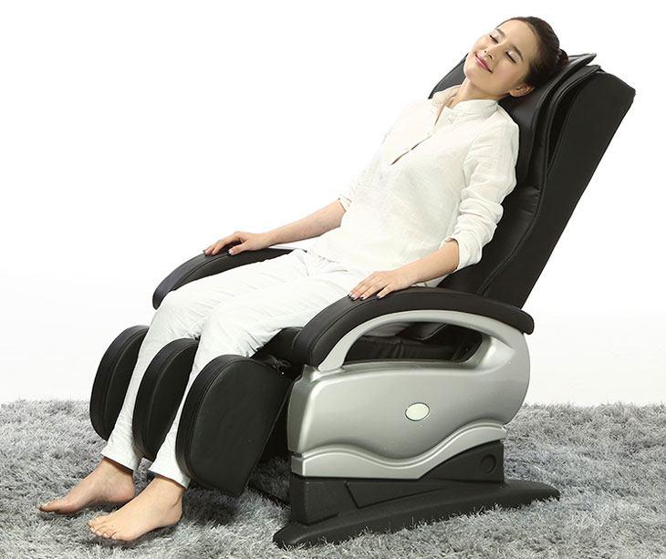 Đau đầu mệt mỏi đã có ghế massage