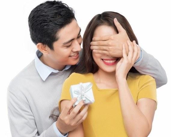 Mua ghế massage tặng vợ