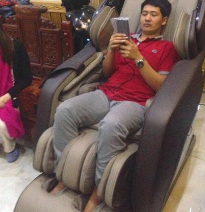 Đánh giá khách hàng ghế massage tại nhà