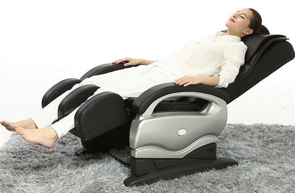 "Ghế massage: ""Liều thuốc thần"""