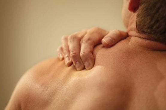 tác dụng ghế ngồi massage giảm cơn đau nhức