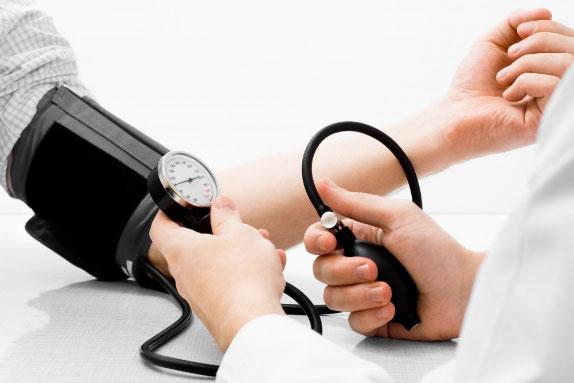 tác dụng Ghế ngồi massage giúp ổn định huyết áop