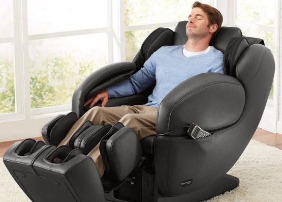 Lợi ích sử dụng ghế massage cho người tai biến