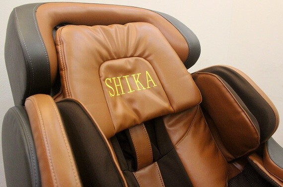 Chọn ghế massage có áo da phủ tốt không bong tróc
