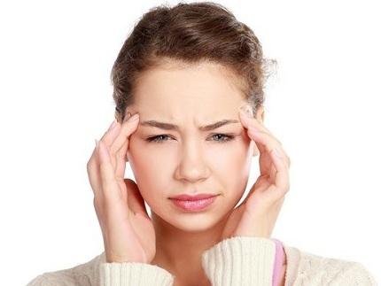 Bấm huyệt bàn tay chữa đau đầu