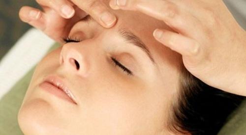 Cách bấm huyệt trị nhức đầu vẫn luôn được ưa chuộng