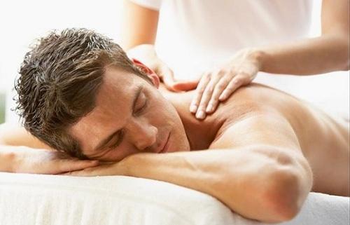 Kỹ thuật massage toàn thân đơn giản