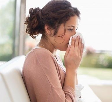 Nguyên nhân nào gây ra bệnh lạnh sống lưng?