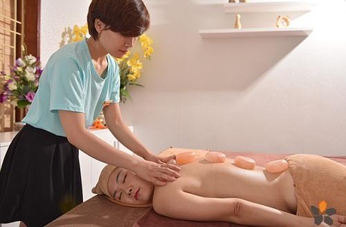 cách massage body nữ