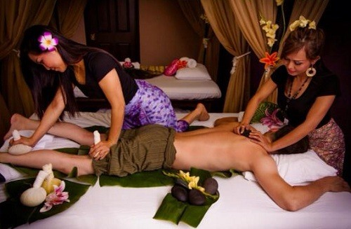 Massage nam kiểu Thái cho anh em