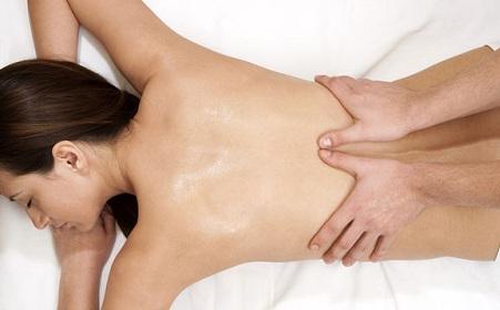 Hướng dẫn matxa lưng giảm đau mỏi