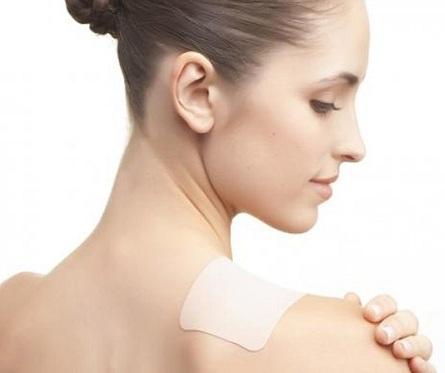 miếng dán giảm đau vai gáy
