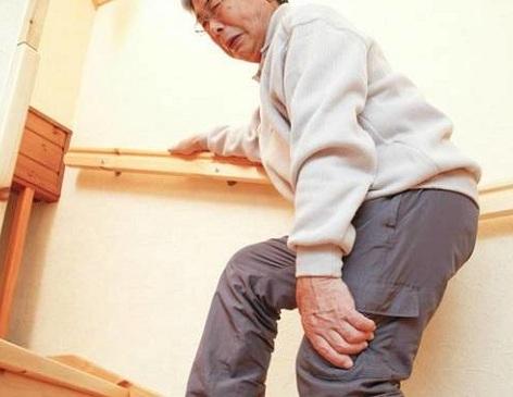 căn nguyên gây bệnh xương khớp do tuổi già