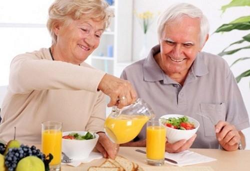 Tình trạng sức khỏe hiện tại của người cao tuổi ra sao?