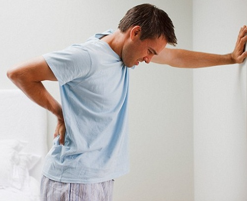 Vì sao bị đau lưng?