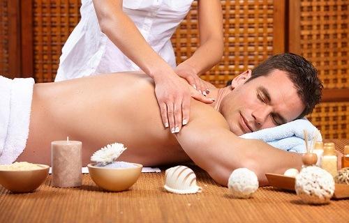 massage giảm đau nhức toàn thân